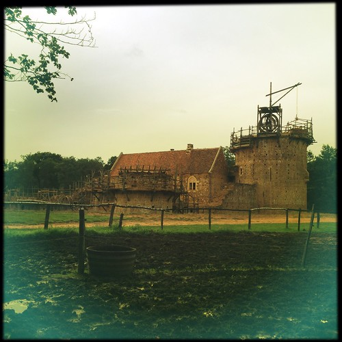 castle field square landscape construction jimmy sugar historical chateau paysage chantier carré iphone historique guédelon iphoneography hipstamatic