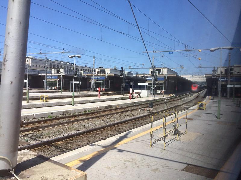近づくテルミニ駅