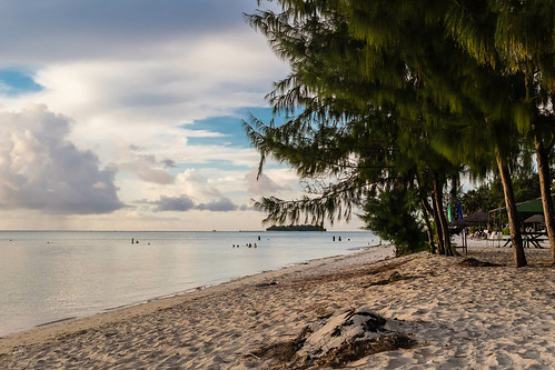 sunset beach palmtree saipan fujix100s