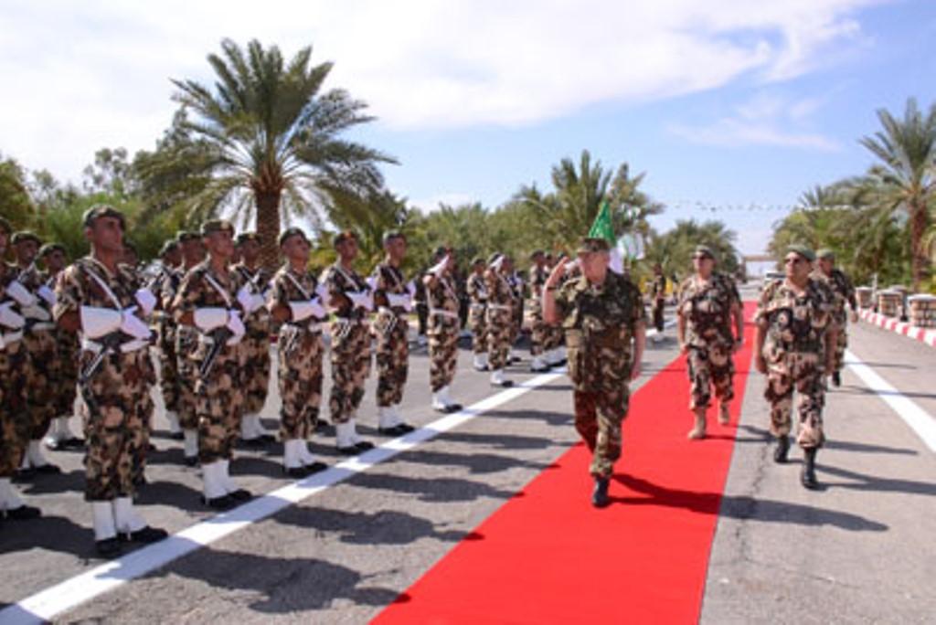 الجزائر : صلاحيات نائب وزير الدفاع الوطني - صفحة 4 30740660906_5186b78ae1_o