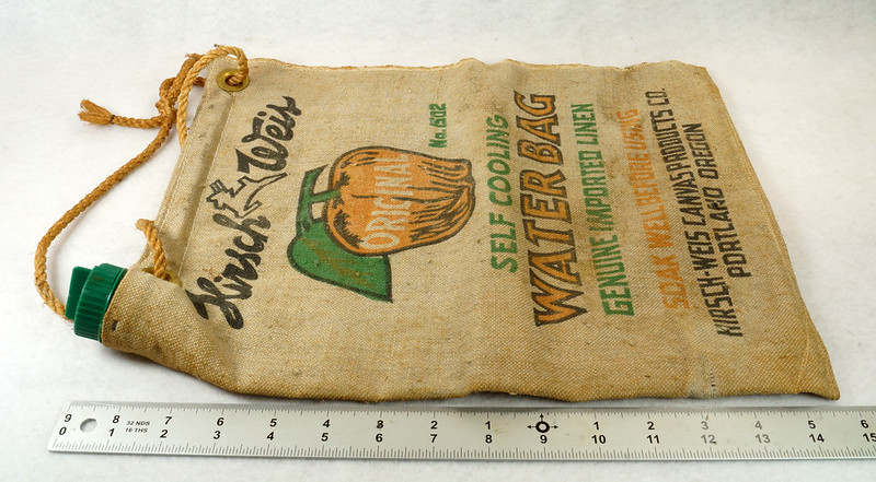 RD14937 Vintage Hirsch Weis Canvas Self Cooling Water Bag No. 1502 Portland, Oregon DSC06775