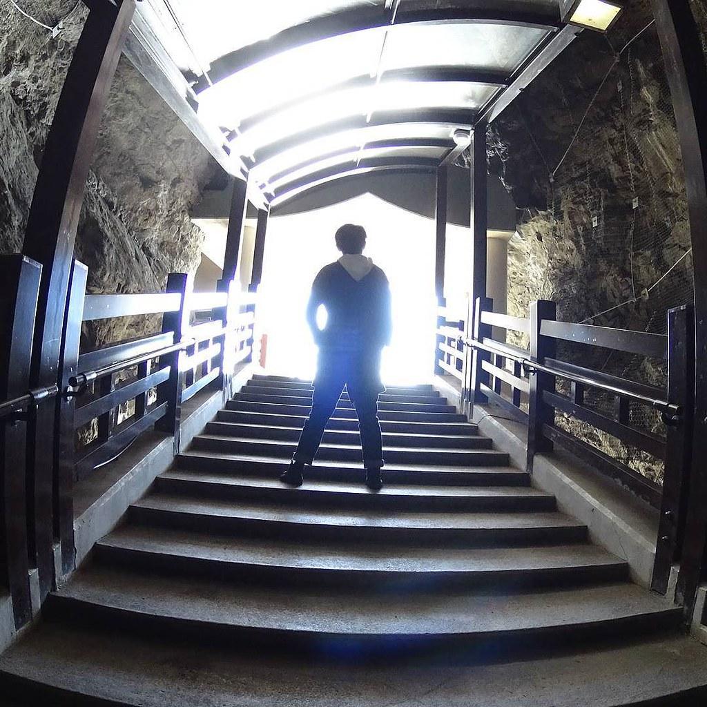 とってもかっこいい(自画自賛 #写真撮ってる人と繋がりたい #写真好きな人と繋がりたい #ファインダー越しの私の世界 #神奈川県 #江ノ島 #江ノ島岩屋