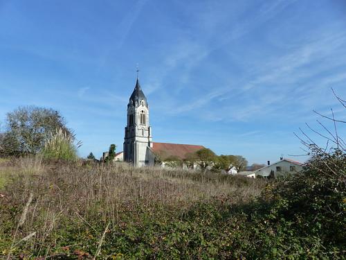 Misson, Landes: Église Saint-Jean-Baptiste.