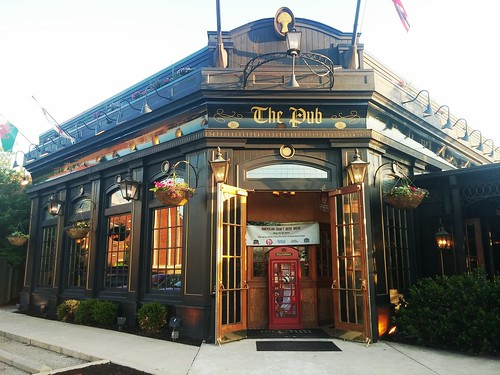The Pub at Rookwood Commons