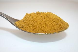 08 - Zutat gelbes Thai-Curry / Ingredient yellow thai curry