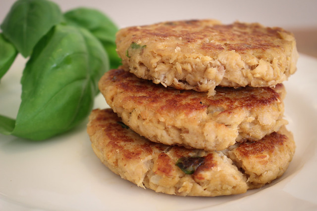 Teriyaki Salmon Patties - via HeartofHomemade.com