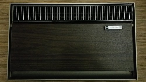 1966 Frigidaire Prestige air conditioner AEP-8MK 8000 BTU