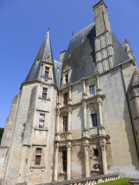 215 Château de Fontaine-Henry