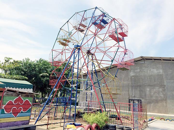 ferris wheel batam indonesia