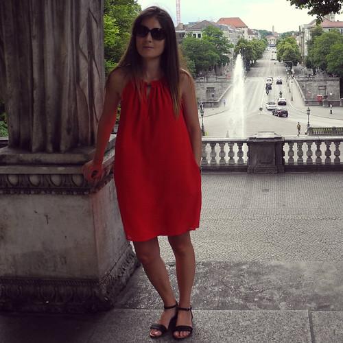 vestido rojo mango