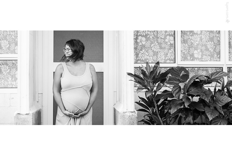 Island Living. maternity photographer Rarotonga
