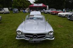 compact car(0.0), automobile(1.0), automotive exterior(1.0), vehicle(1.0), performance car(1.0), automotive design(1.0), mercedes-benz(1.0), mercedes-benz 190sl(1.0), mercedes-benz 300sl(1.0), antique car(1.0), classic car(1.0), vintage car(1.0), land vehicle(1.0), sports car(1.0),
