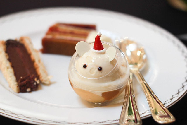 Relais Desserts 2014 taste testing