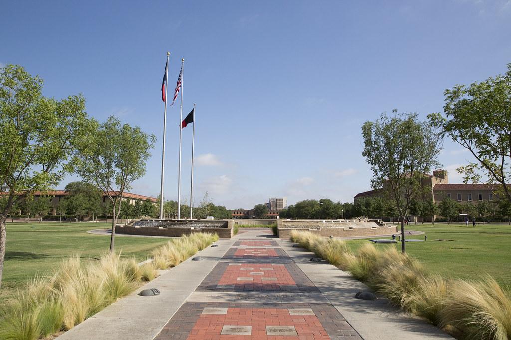 Memorial Circle
