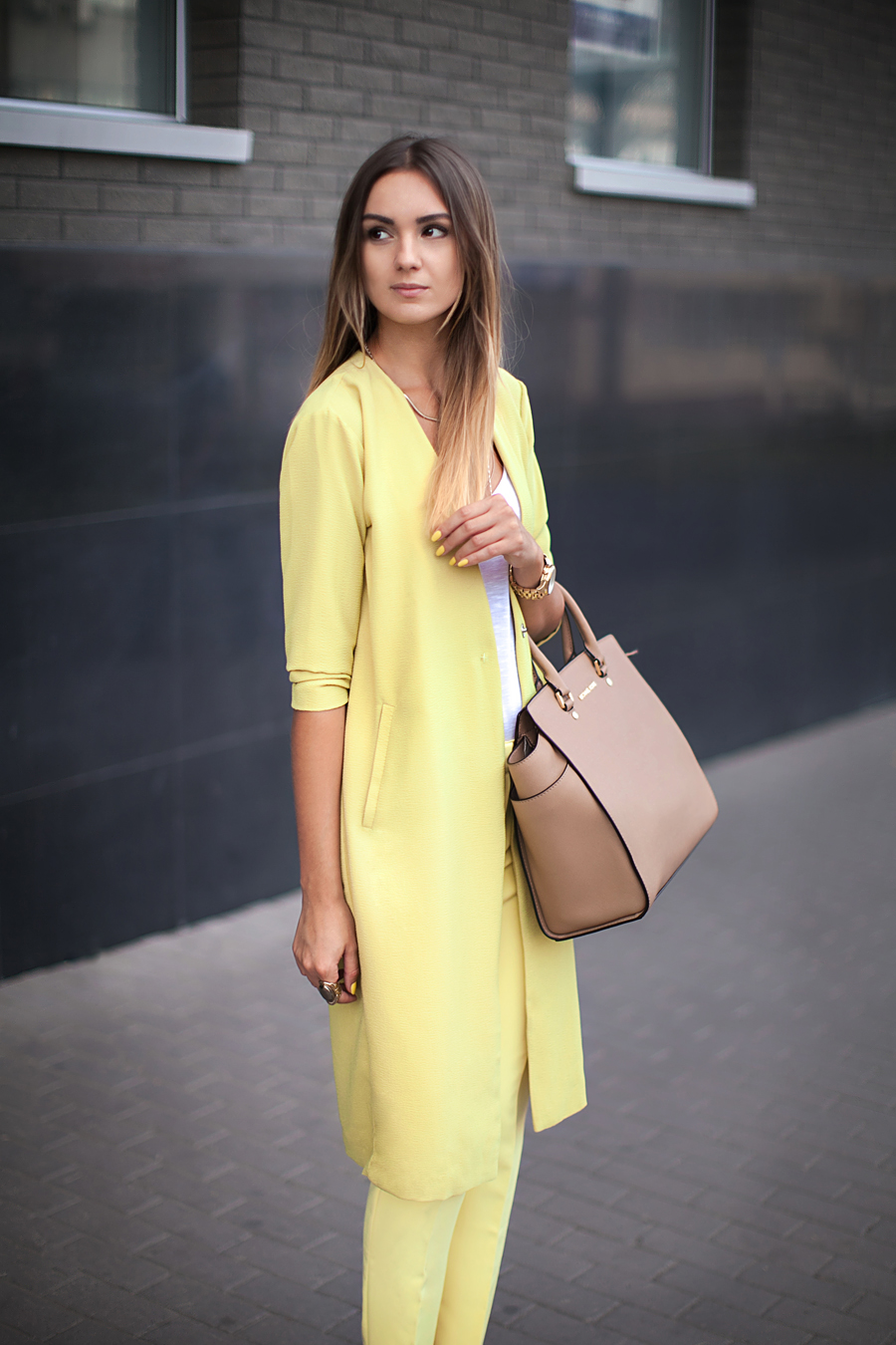 nika-huk-fashion-blogger-ukraine-style-outfit-look-of-the-day-michael-kors-bags