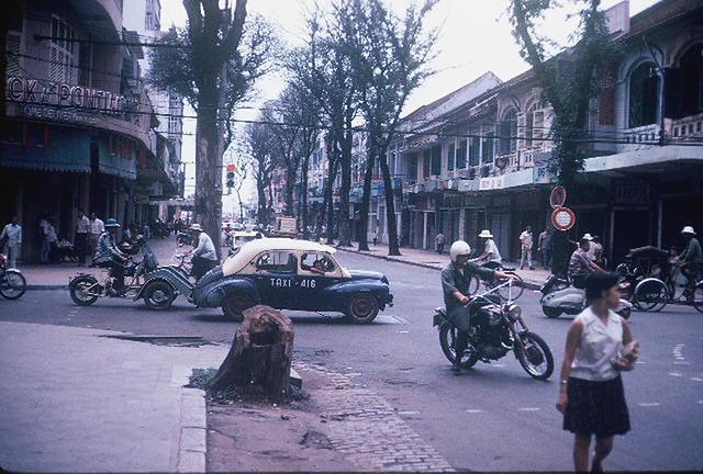 SAIGON 1965 by Ken Kraft - Ngã tư Tự Do-Nguyễn Văn Thinh