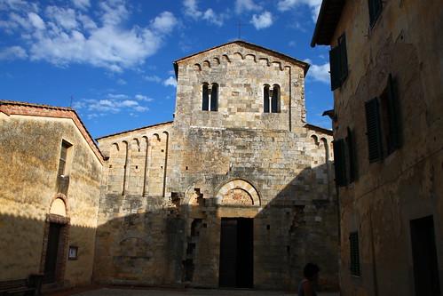 Abbaye des Saints Salvatore et Cirino all'Isola à Badia a Isola