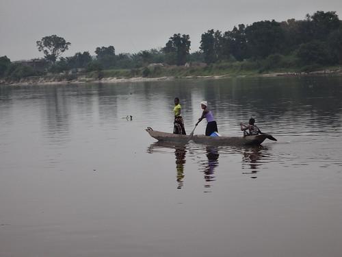 2016 rdcongo 10yambingabumbadobo canoa yambinga provincedelâãquateur cd