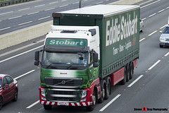 Volvo FH 6x2 Tractor with 3 Axle Curtainside Trailer - KX13 LHJ - H4904 - Hannah - Eddie Stobart - M1 J10 Luton - Steven Gray - IMG_9751