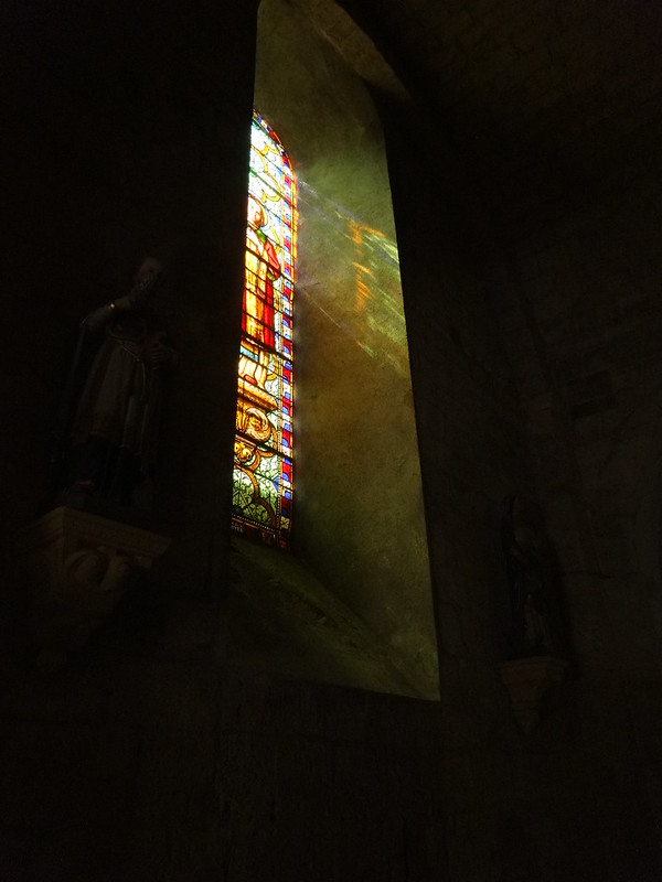 Stained glass, Vinezac