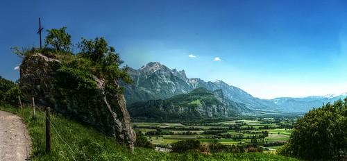 panorama schweiz switzerland view cross suisse kreuz valley aussicht svizzera rheintal tal rhinevalley sargans falknis