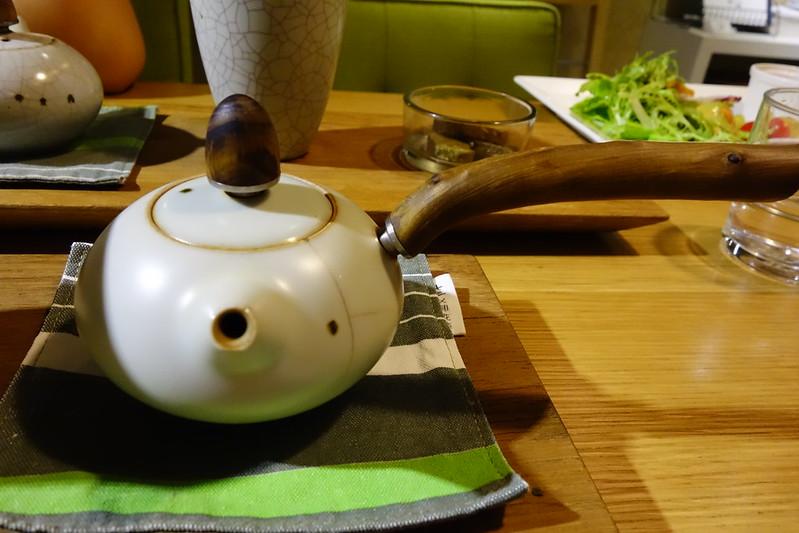 """台北小旅行,發現有意思的台灣茶店""""七三茶堂""""(7teahouse)。"""