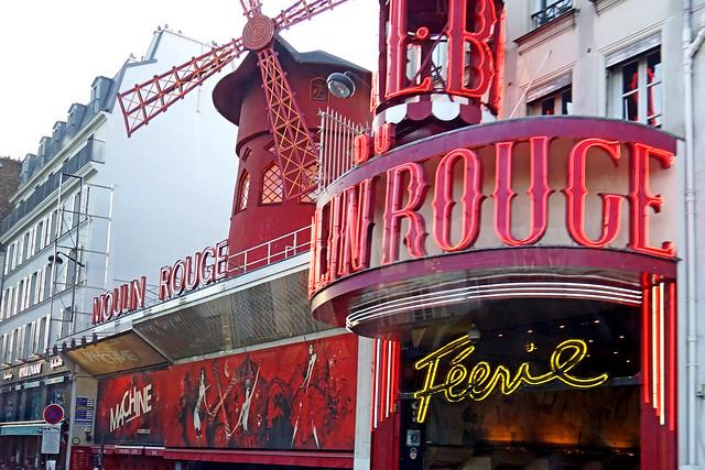 France-000480 - Moulin Rouge