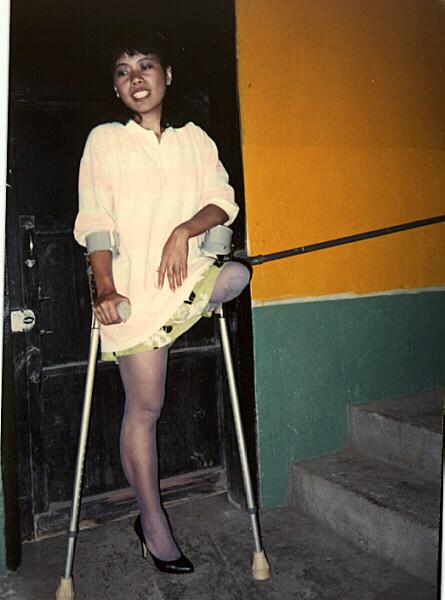 Women Amputee On Crutches - Xxgasm-5806