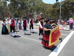 2014 Fiesta parade by Roger Knox (2)