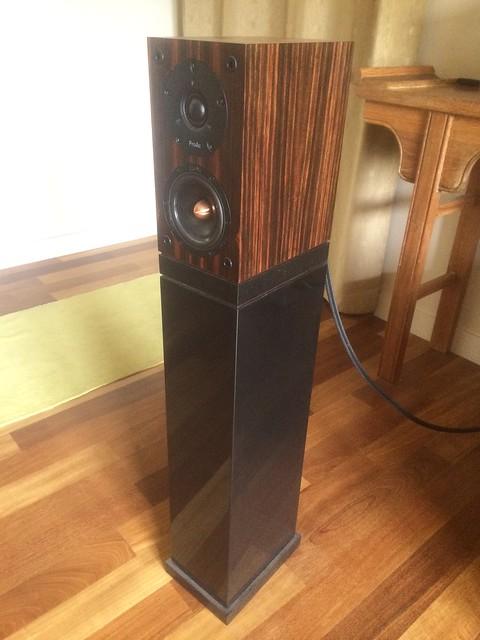 proac tablette ref 8 signature placage eb ne de macassar 30052440 sur le forum enceintes. Black Bedroom Furniture Sets. Home Design Ideas
