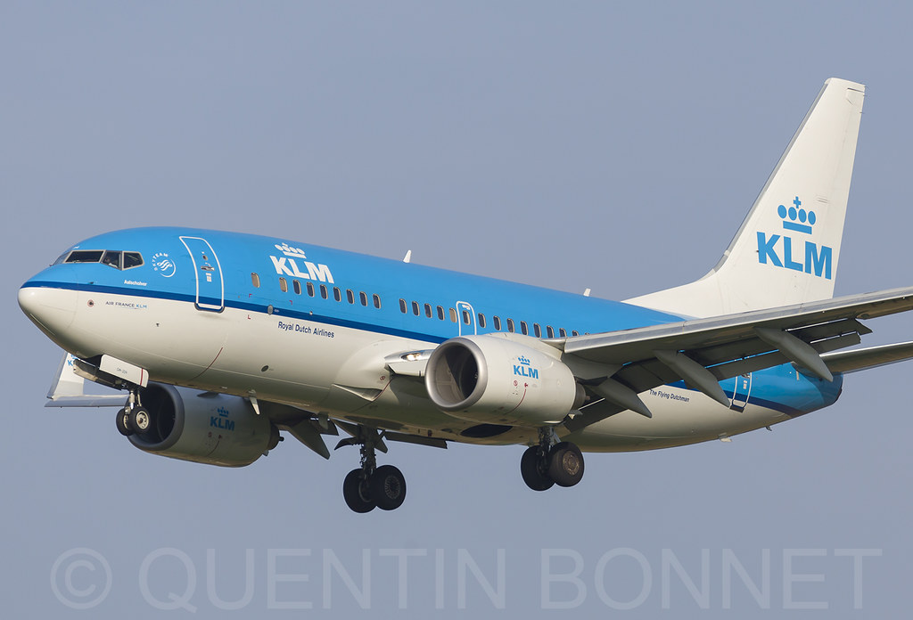 KLM Royal Dutch Airlines Boeing 737-7K2(WL) PH-BGM