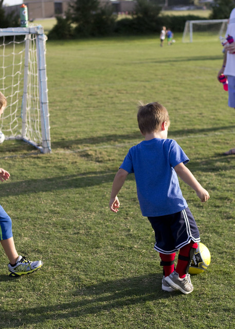 connorsfirstsoccerpractice_adollopofmylife_1