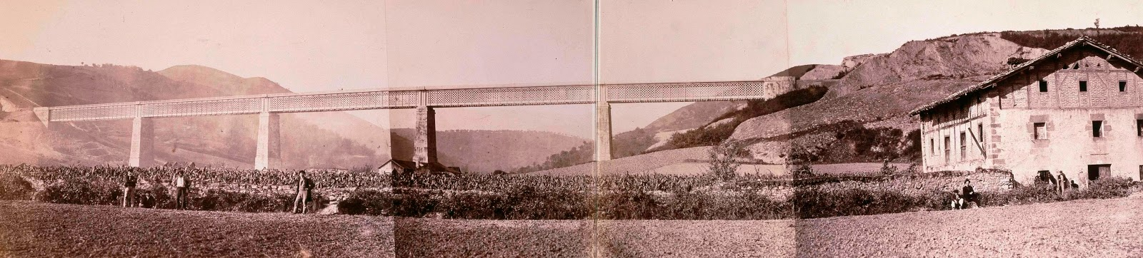 0. Vista del viaducto de Ormaiztegi tomada en 1864 por el francés Jean Laurent. Archivo de la Biblioteca Nacional. Ministerio de Cultura via blog Historias del tren