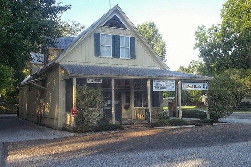 People's Store in Silverhill, Alabama.