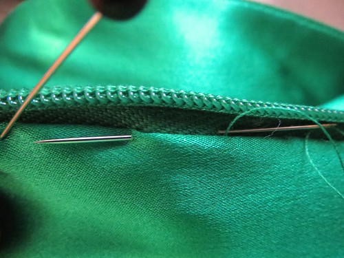 Hand Stitch Lining to Zipper