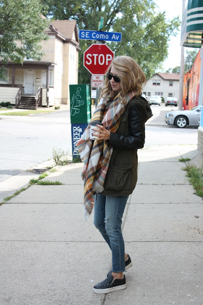 chelsea+lane+zipped+truelane+blog+minneapolis+fashion+style+blogger+aritzia+zara+scarf+kut+from+kloth+ash+footwear2