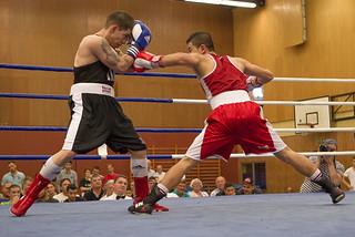 Colonia-Boxer Sultani bezwingt Goman aus Köln-Kalk