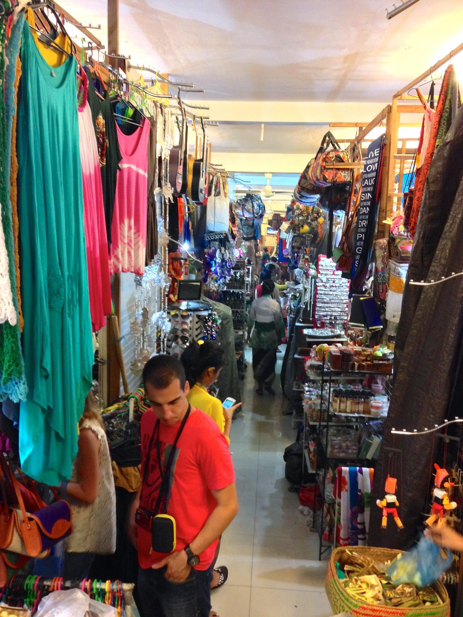 Shopping in Ubud Market