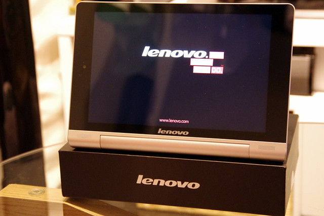 Lenovo YOGA TABLET 8_015