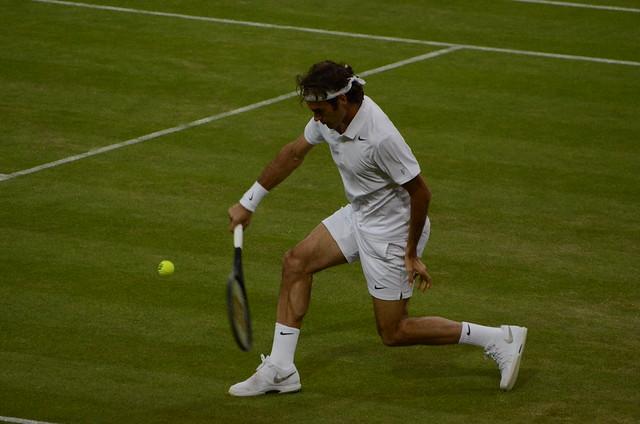 Federer attacks a backhand