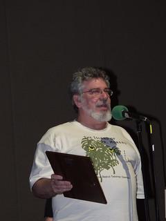 Doug Kaye accepts the ARTC Lifetime Achievement Award.