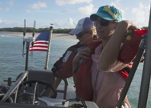 Makin Island ARG Evacuates NOAA Researchers