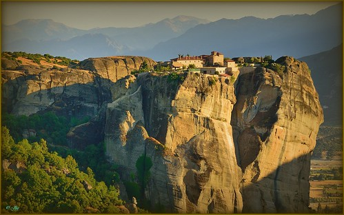 travel nikon panoramas adventure meteora makelovenotwar ελλάδα monasterios φύση artdigital contemporaryartsociety ιστορία ithinkthisisart photosandcalendar ph343 μετέωρα μονή whiteiswhite panoramafotográfico thebestofmimamorsgroups greciahellas incognitogroup