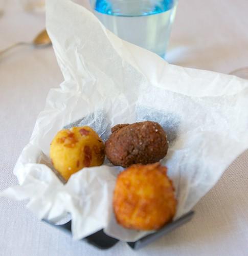 Kroketteja - Siianmäti saaristolaisleivällä, kinkku, Idiazabel-juusto