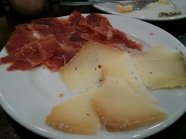 tapa de jamón y queso - florida almazora