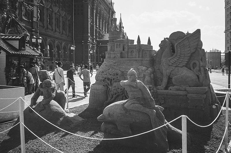 Sand sculptures on the «Moscow Jam»
