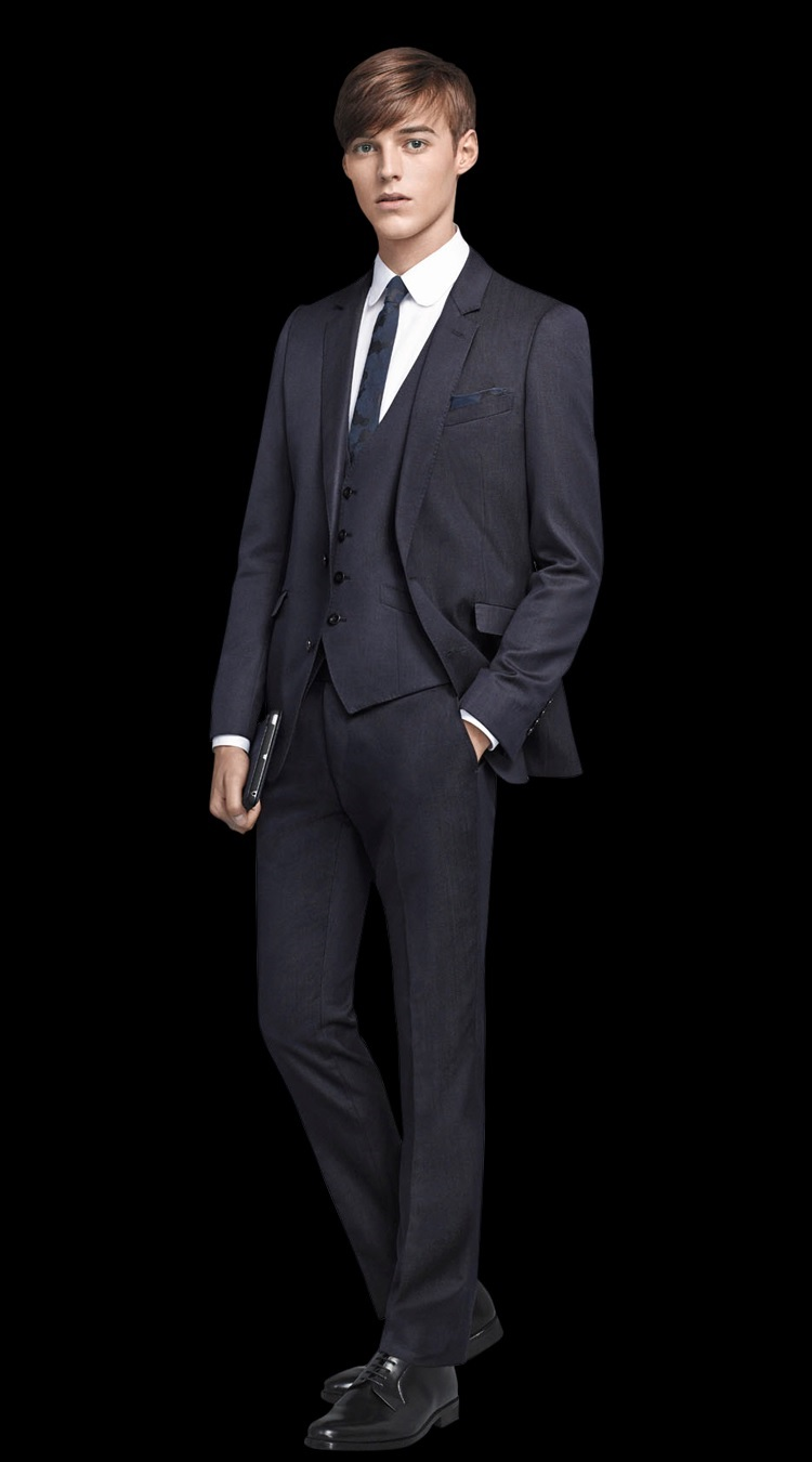 Robbie Wadge0737_SUIT SELECT