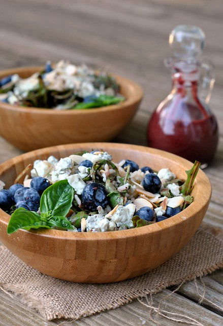 Blueberry Arugula Salad with Brown Rice 4