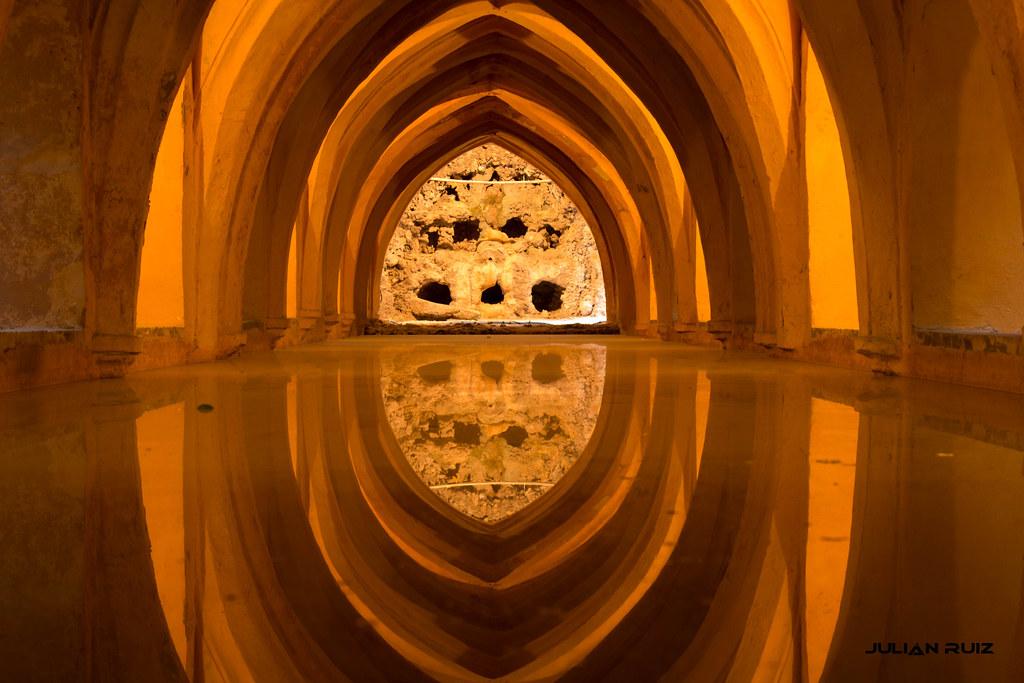 Baños Arabe Sevilla | Banos Arabes Alcazar De Sevilla Reto Reflejos Julian Ruiz Flickr