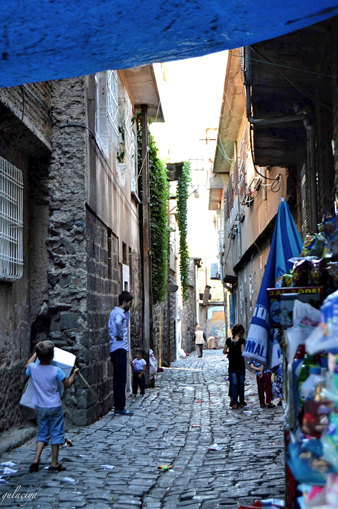 Streets of Amed